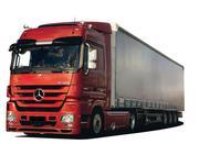 Водитель со своим грузовым автомобилем  от 10 тонн